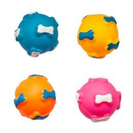 Guminis kamuoliukas su kauliukais